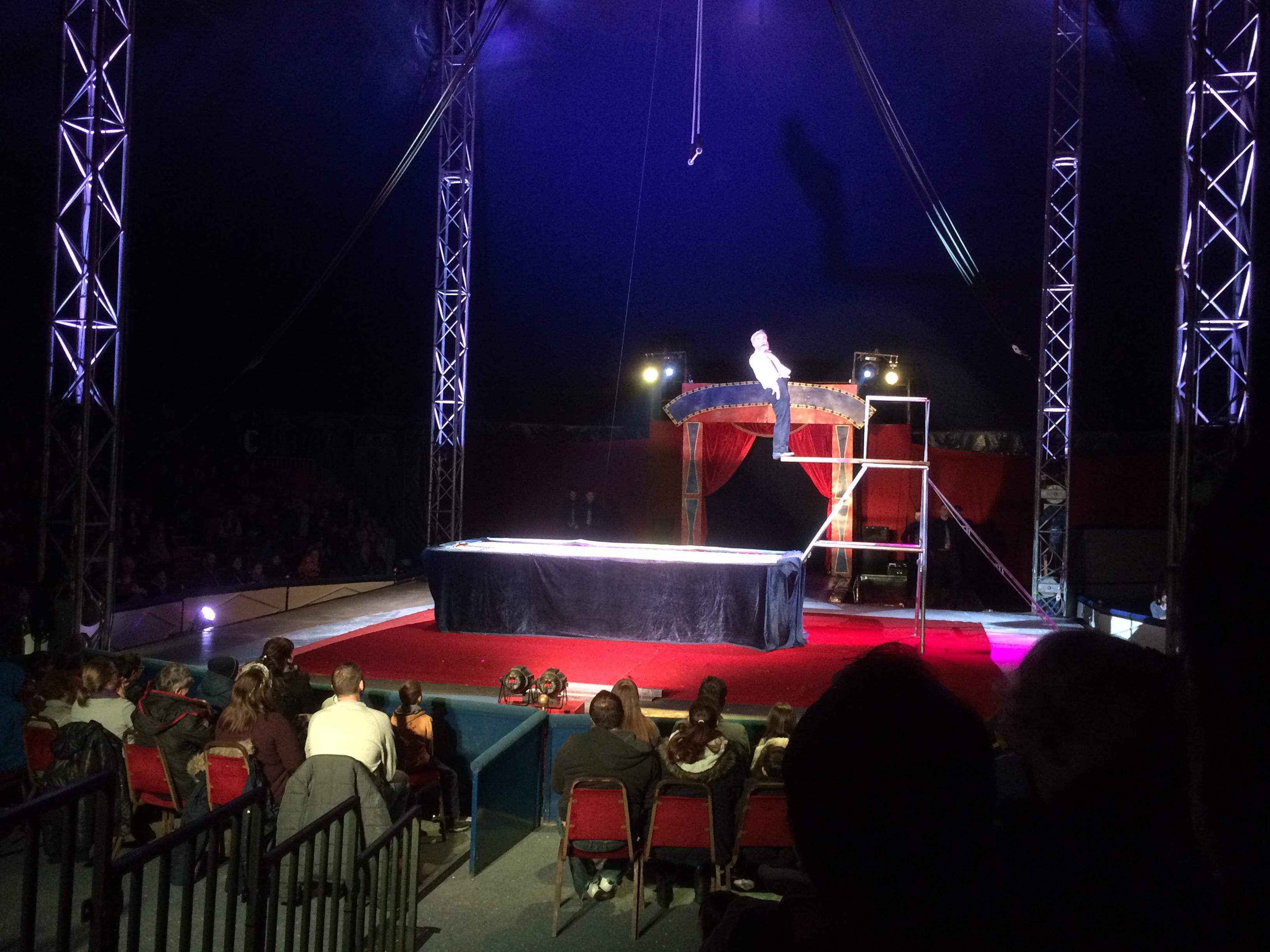 circus_darwin2